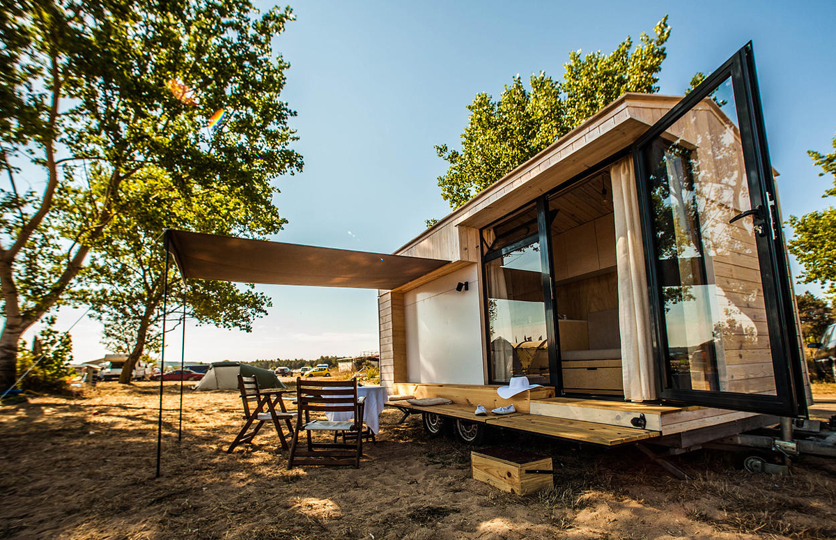 Inexpensive Mobile Tiny House