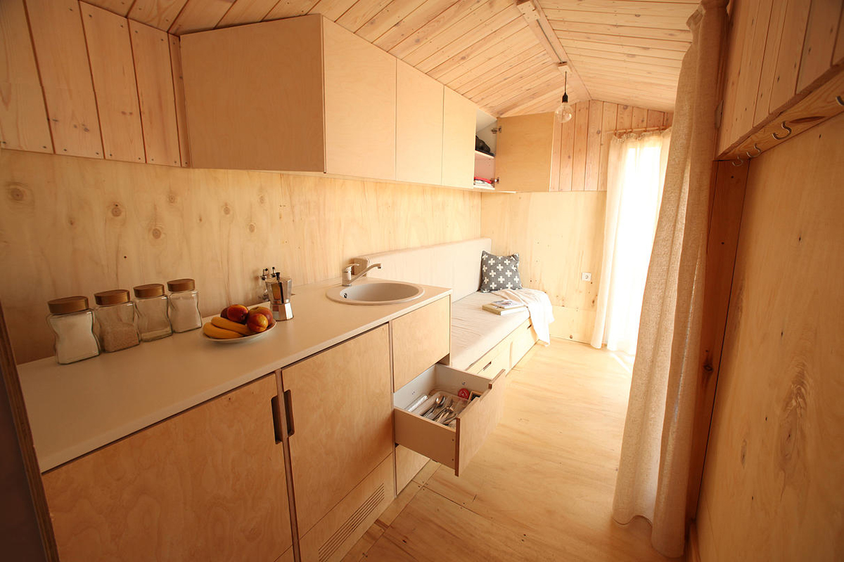 DIY Tiny House made with Plywood