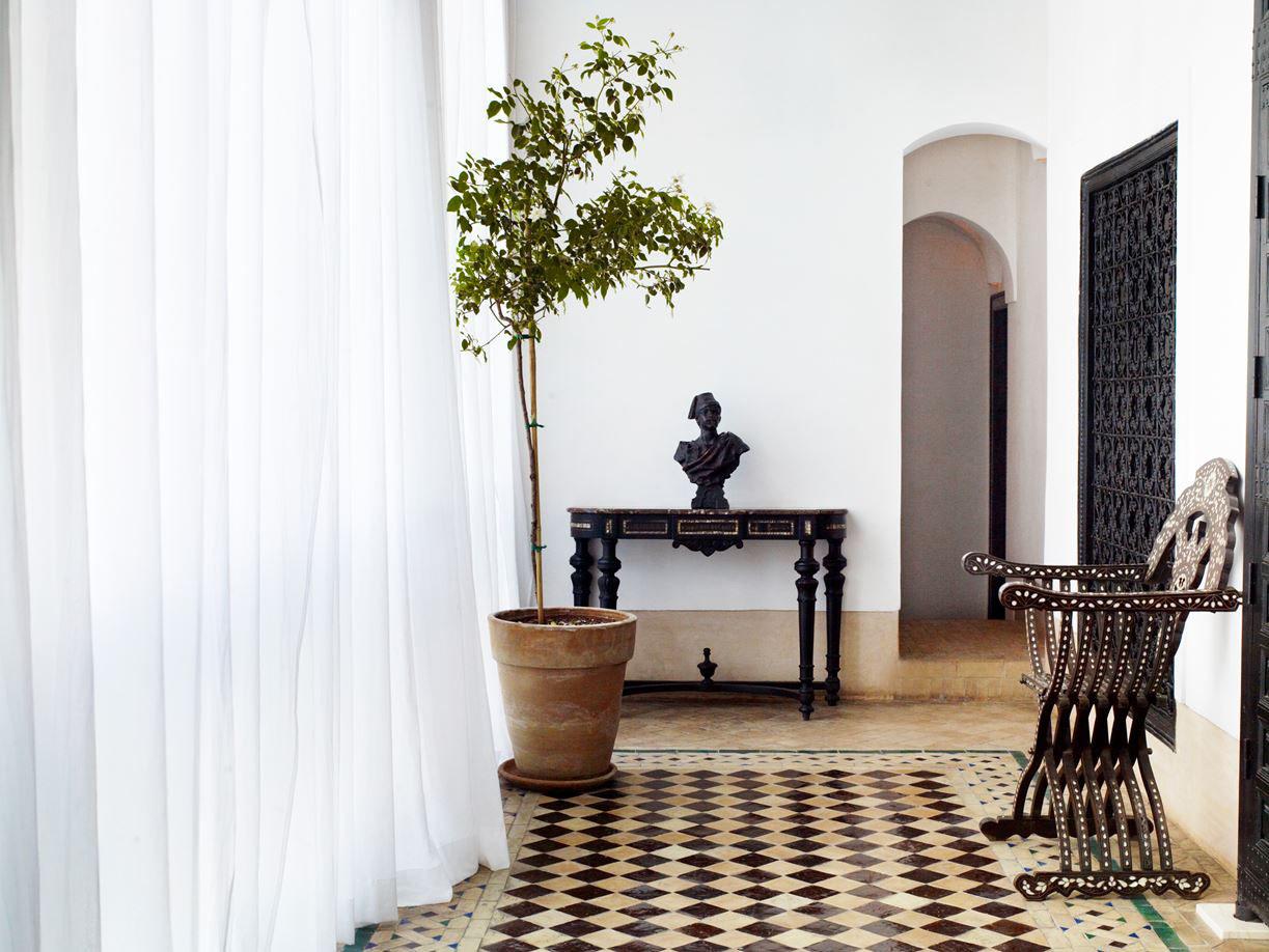 L 39 h tel marrakech boutique hotel in a traditional for Decore hotel jasper