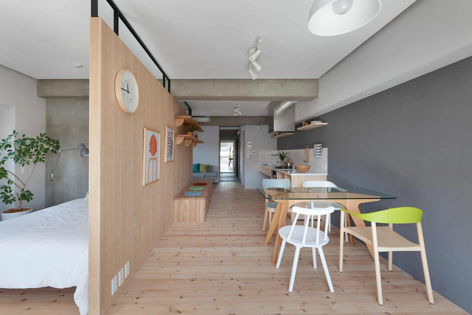 Small Open Apartment Japan
