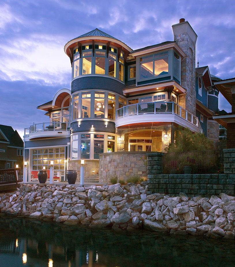 Lake House Love In Michigan: Waterfront Homes