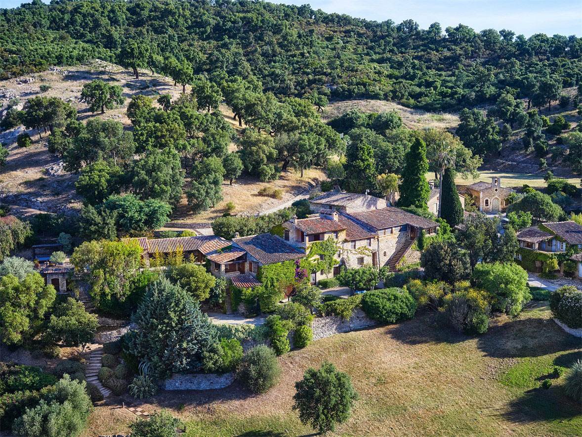 Johnny Depp's French Village Home