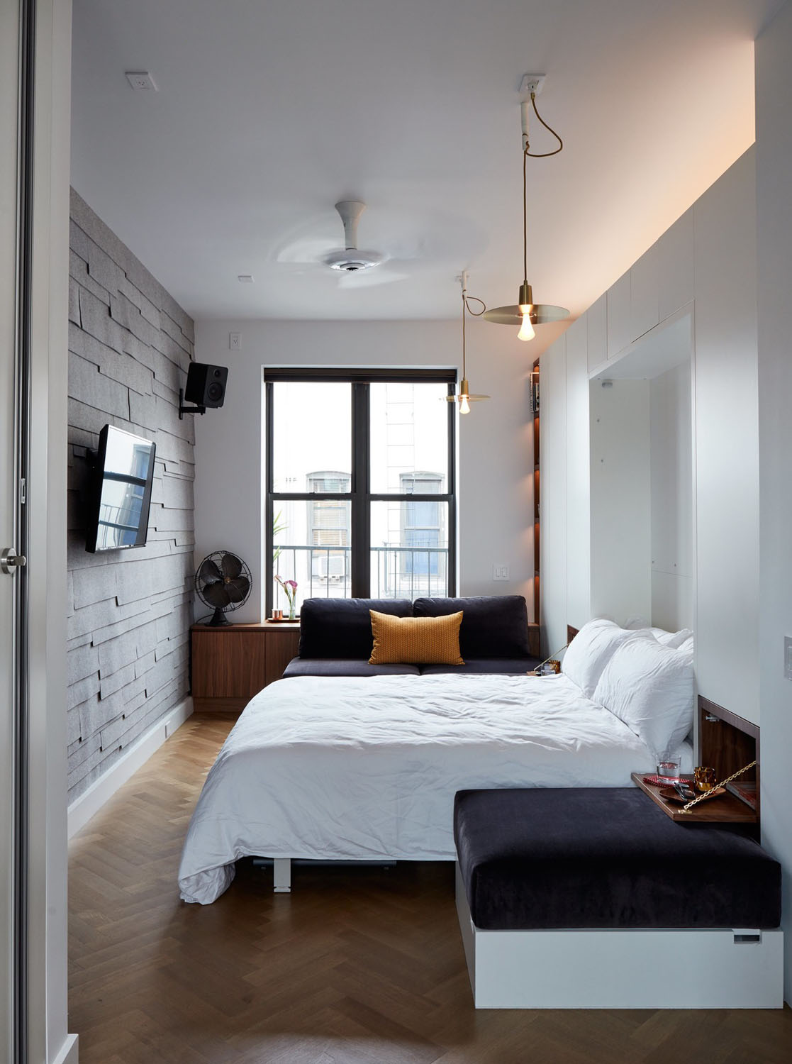 Apartment Living Room Decor Pinterest: Tiny 350 Square Foot Smart Apartment In New York City