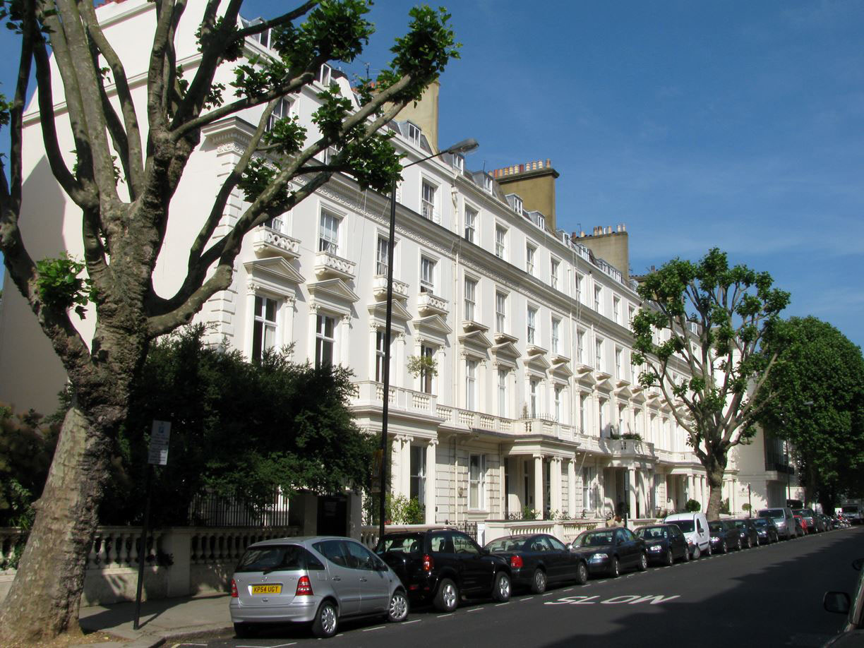 Grade II Listed Victorian Terraced Building London