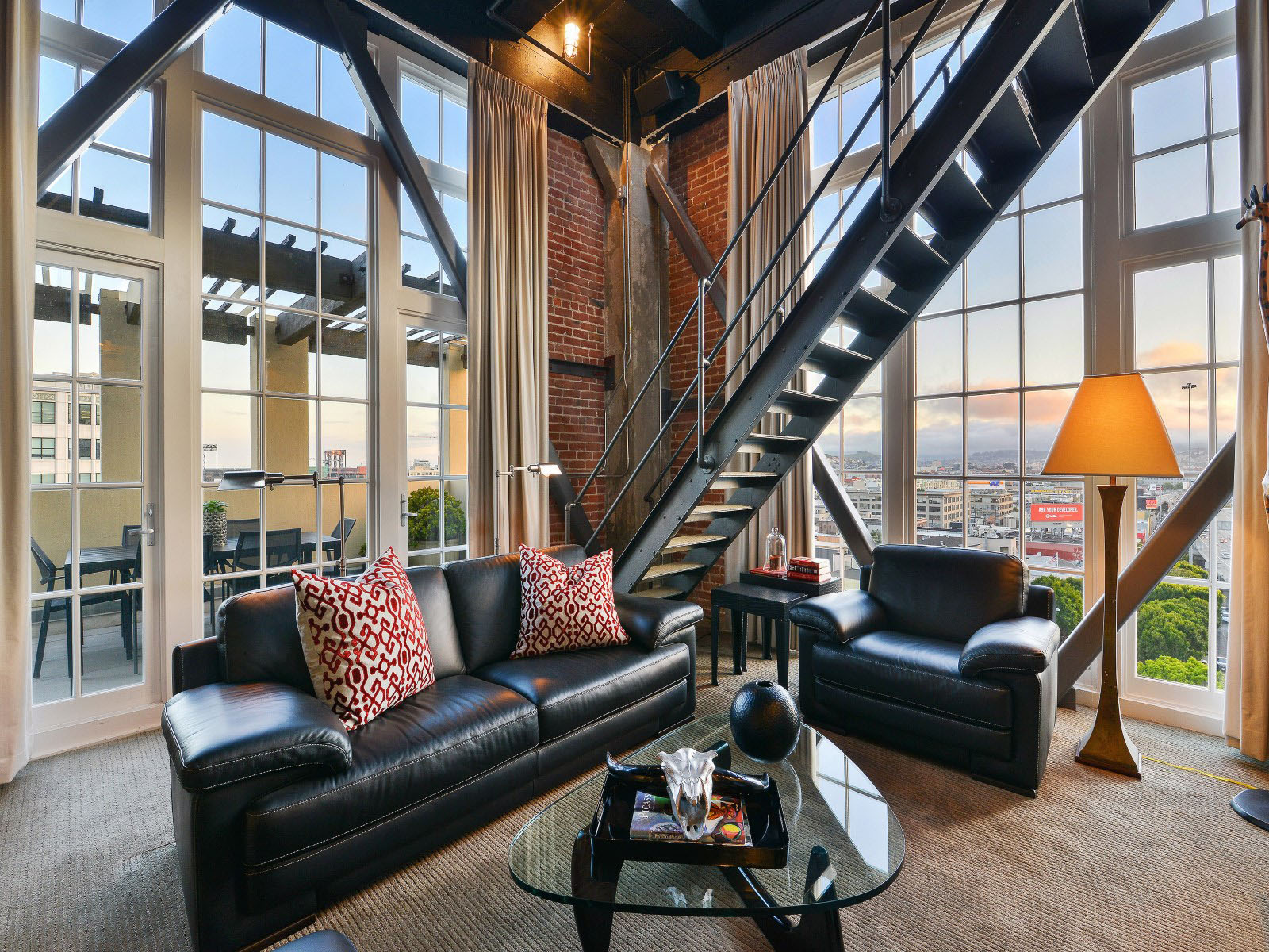 Amazing Clock Tower Penthouse With Views Of San Francisco