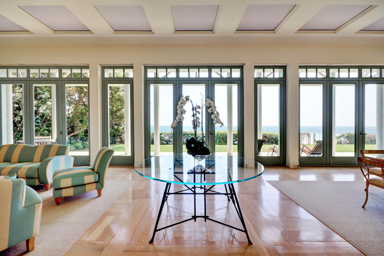 luxury malibu estate with beach frontage - Inside Luxury Beach Homes