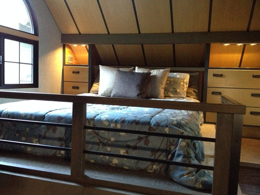 Luxury Tiny Bedroom Loft