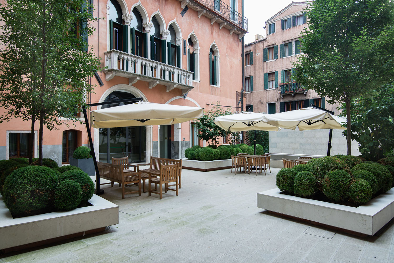 Venice Apartment Outdoor Terrace