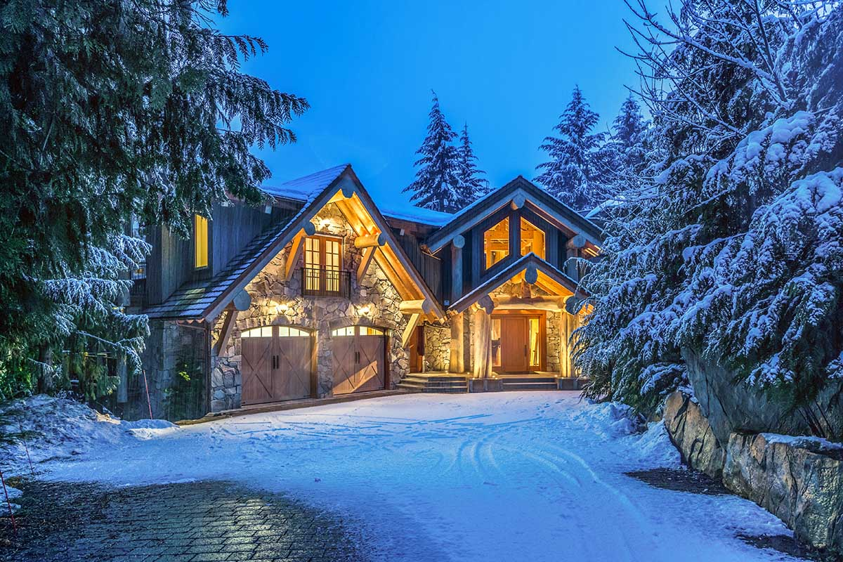 Nita Lake Estate, Whistler, BC. Luxury Retreats