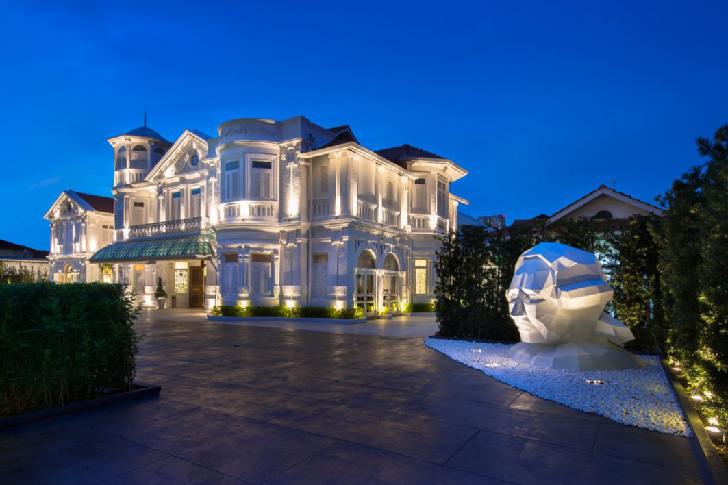 casino mansion