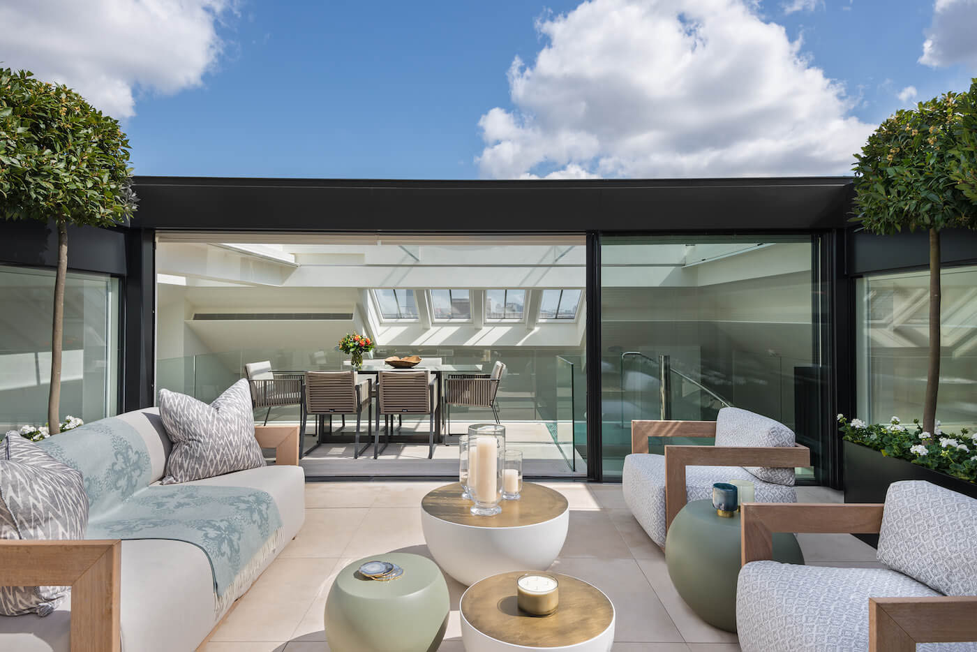 Elegant contemporary mayfair penthouse with sleek glass for Interior design rooftop terrace