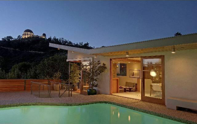 mid century modern home in los angeles