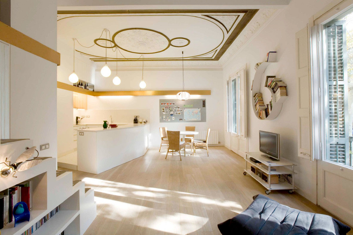 Stylish and functional modern apartment in barcelona for Ideas for flat decoration