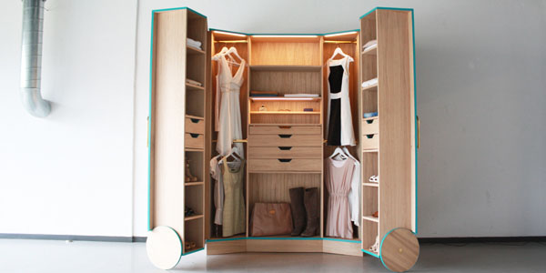 mini walk in closet design 2