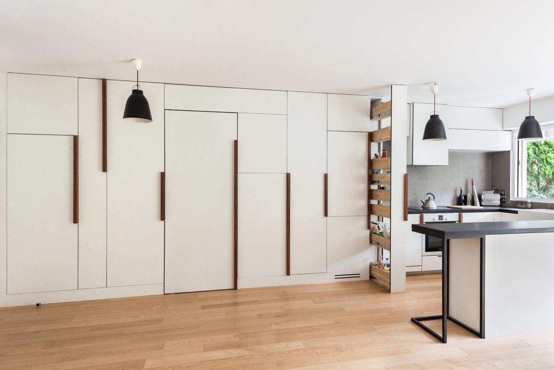 Minimalist small apartment with hidden bedroom and storage for Small apartment minimalist design