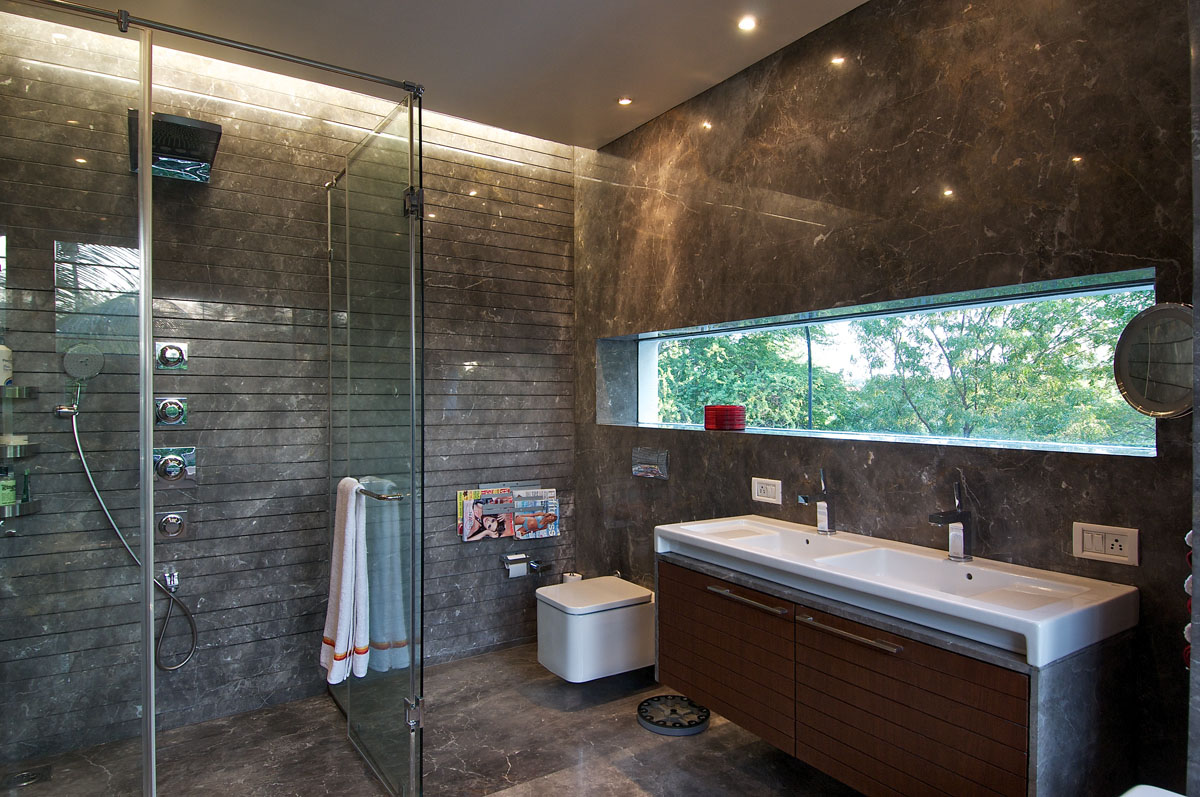 Bathroom Stone Wall Designs