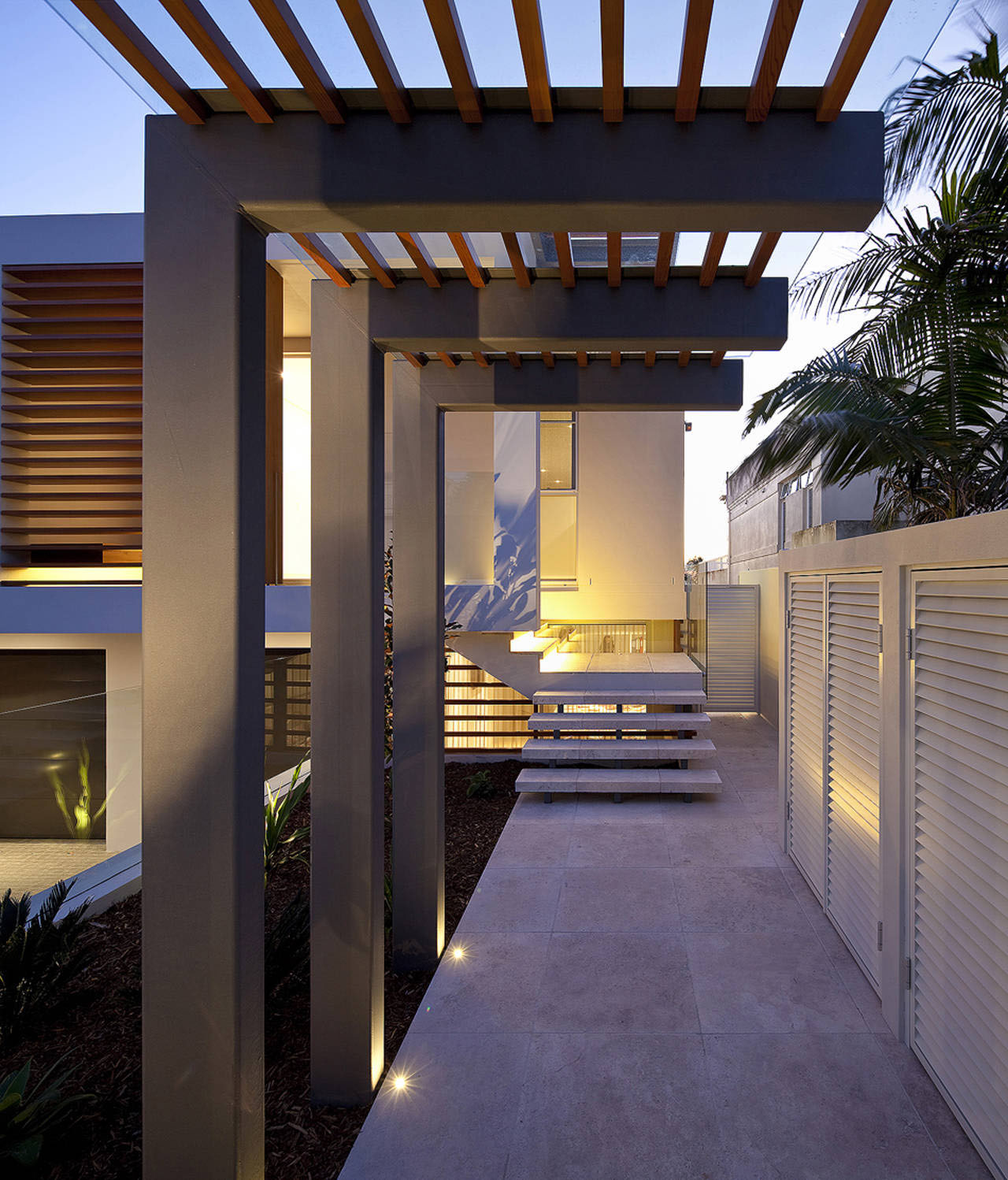 Modern duplex with views of sydney harbour idesignarch interior design architecture for Beautiful home entrance design