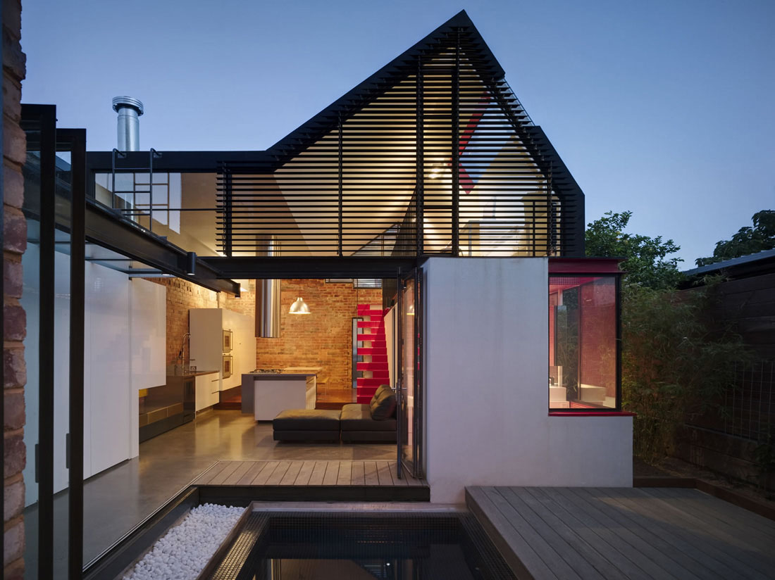 Extension to a victorian terrace in the inner city for Home architecture australia