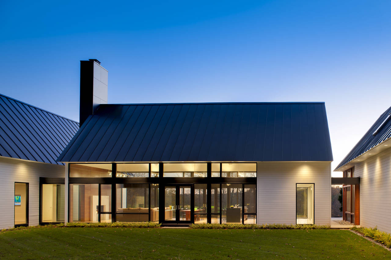 Modern house in virginia countryside idesignarch for Contemporary roof