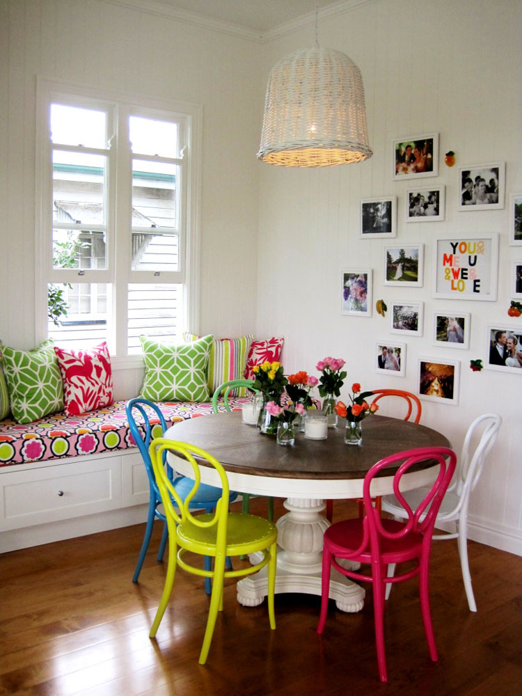 Exceptional Colourful Modern Interior Design With Vintage Touch