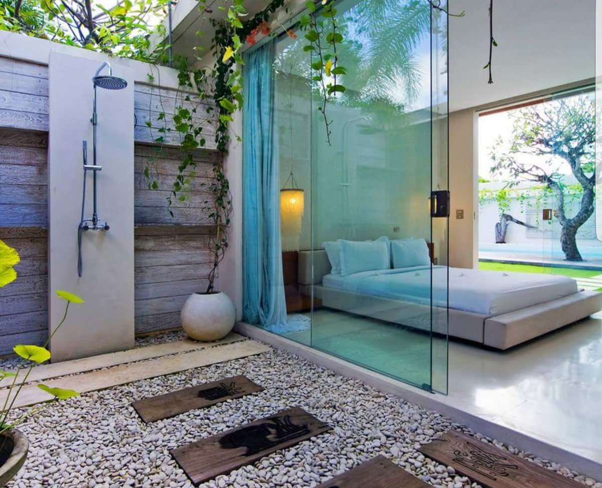 Modern Romantic Balinese Outdoor Showers Chandra Villa Bali 1