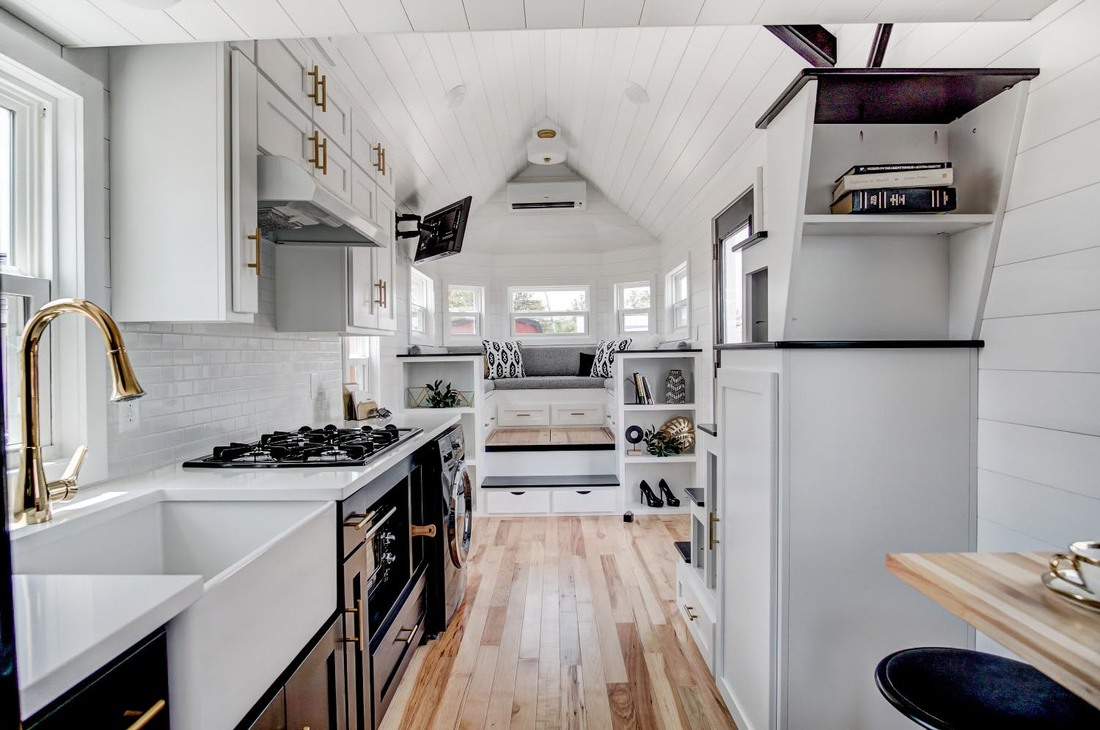 Tiny Home Design: Beautifully Designed Tiny House With Luxury Kitchen And