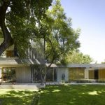 Timeless Modernist House In Buenos Aires