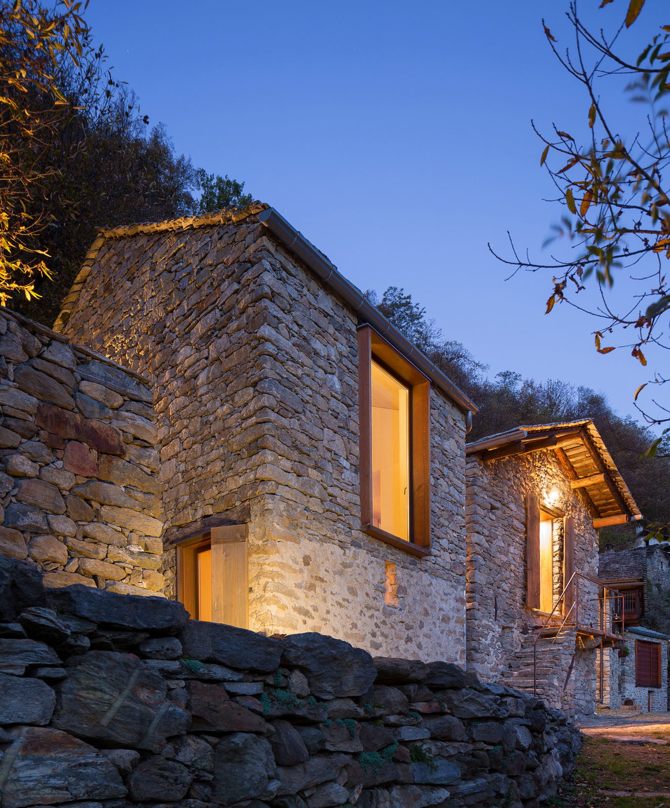 Mountain Stone Villa with Modern Interior