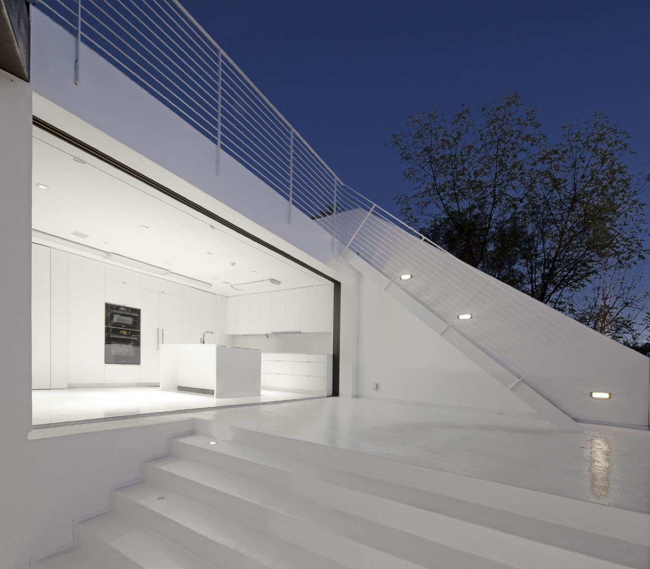Abstract minimalist house in hollywood hills idesignarch for Minimalist house architecture