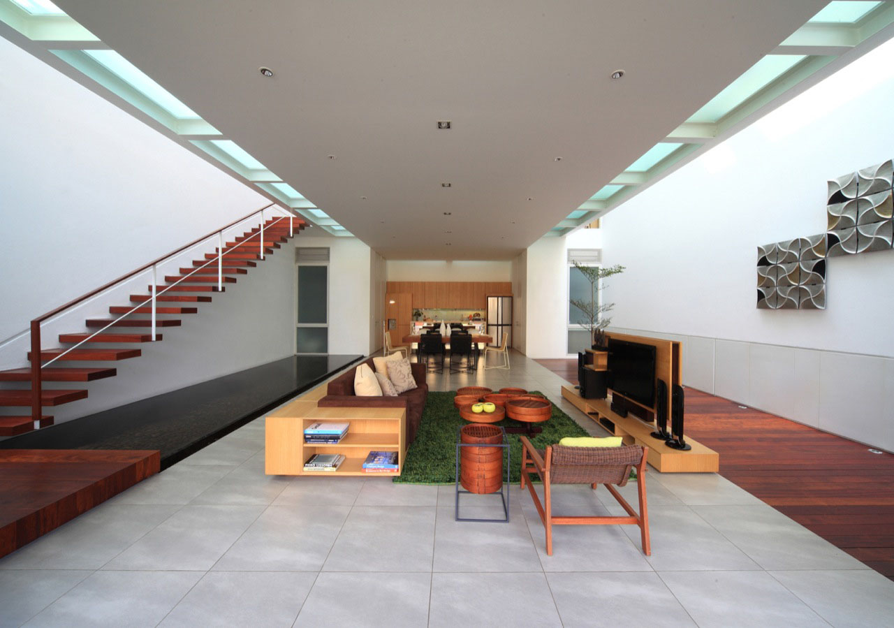 Narrow House Maximizes Space On Three Floors IDesignArch