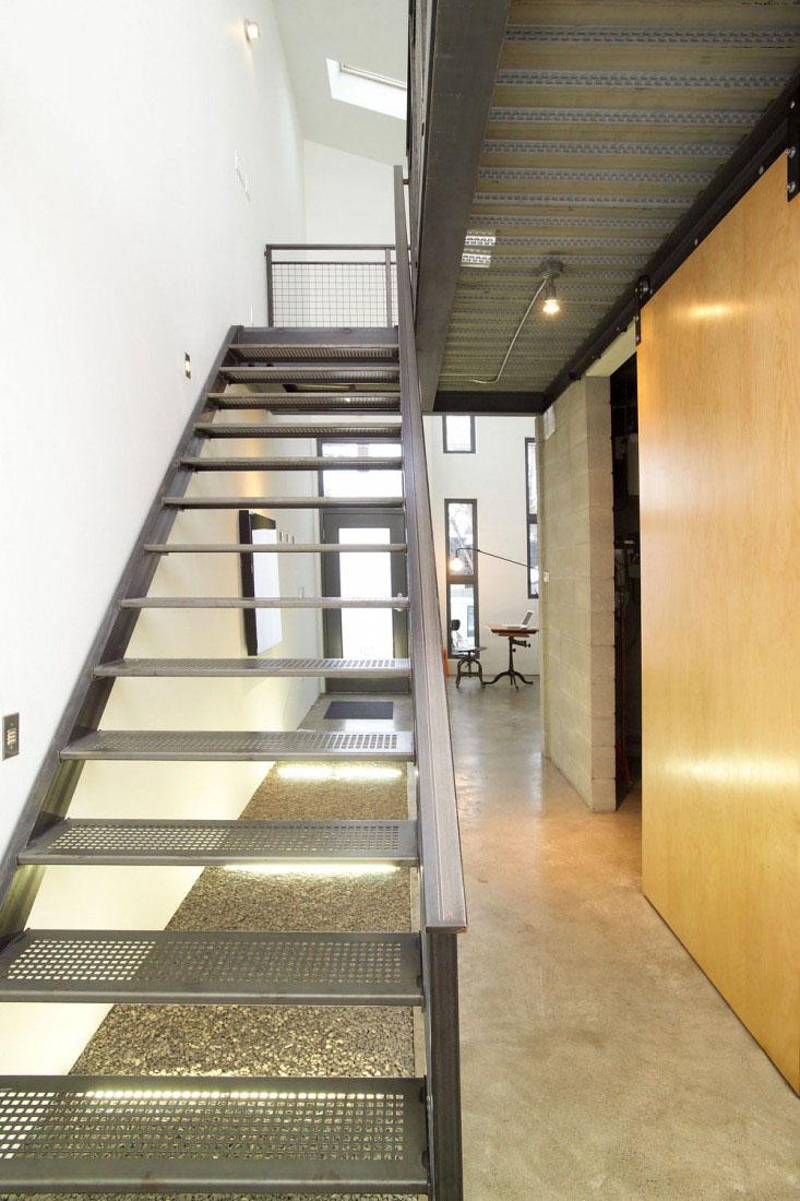 Narrow Modern Infill Tiny House | iDesignArch | Interior Design ...