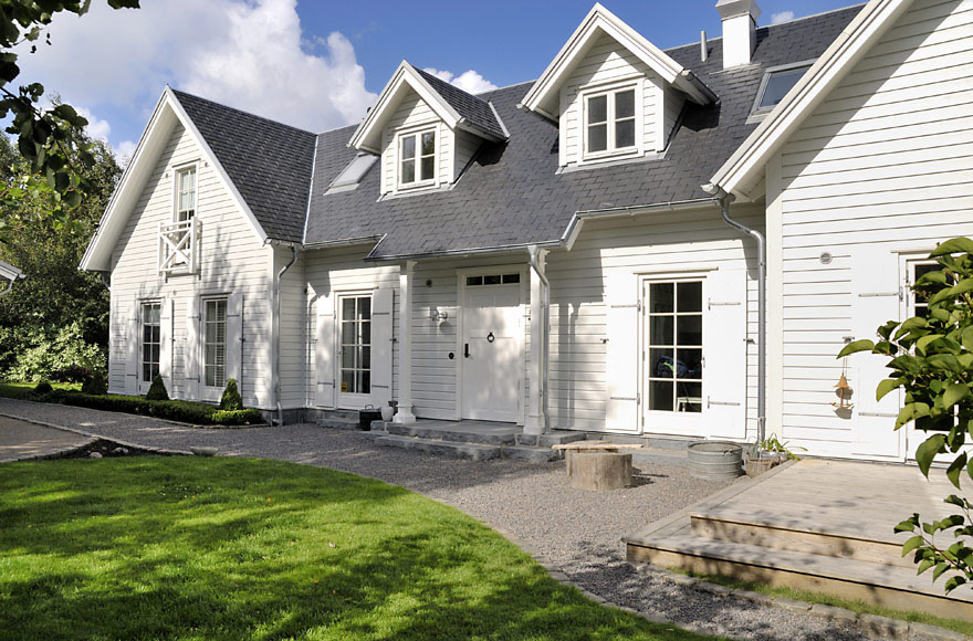 New england style dream villa in sweden idesignarch for Scandinavian farmhouse plans
