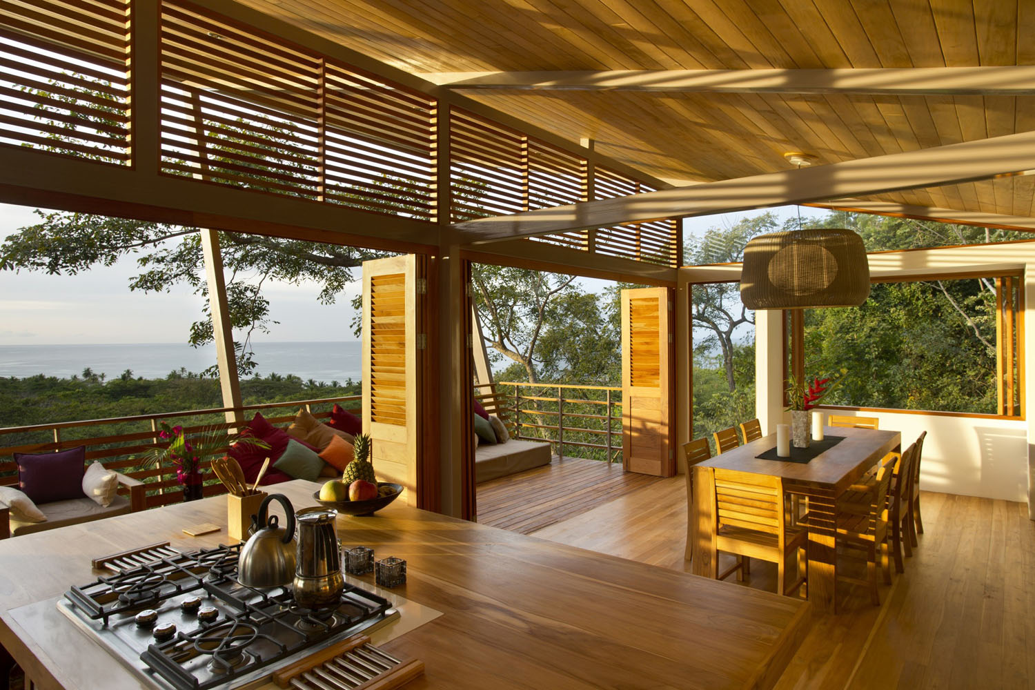 ocean view modern wooden house costa rica_1 - Modern Tropical House Design