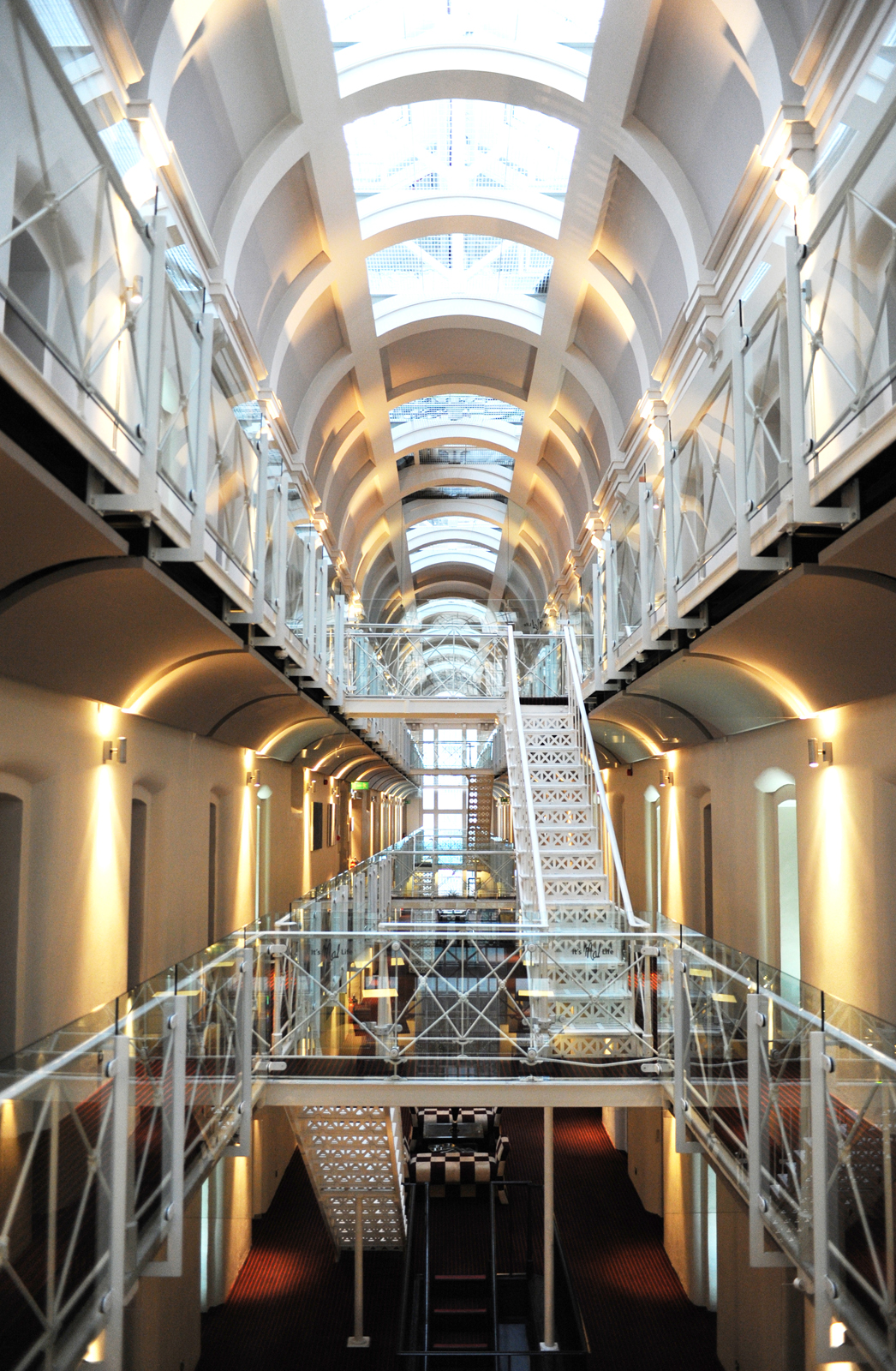 Oxford malmaison from prison to luxury boutique hotel for Architecture maison design