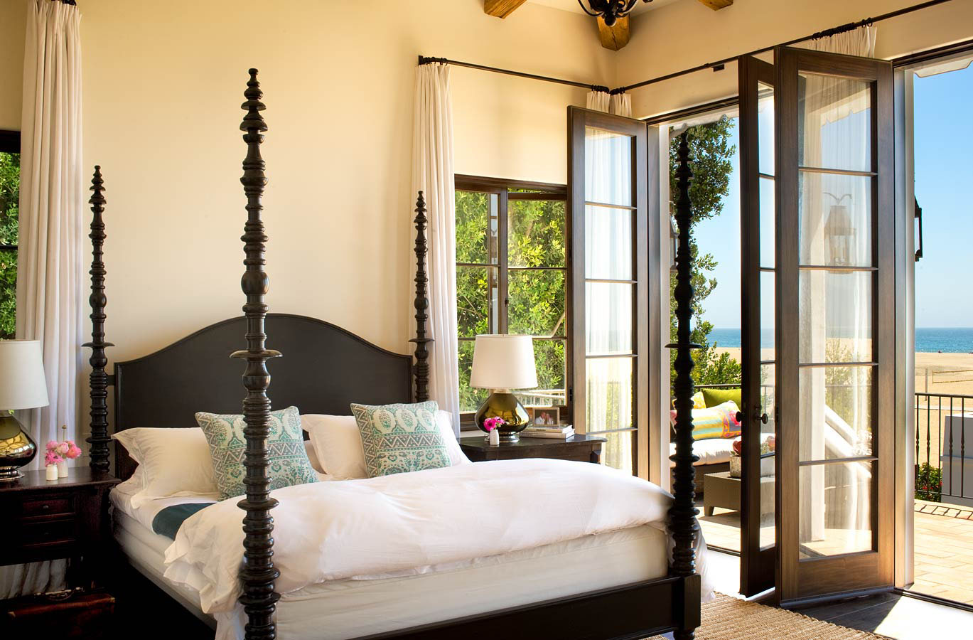 Spanish colonial beach house in santa monica idesignarch for Mediterranean style bedroom furniture