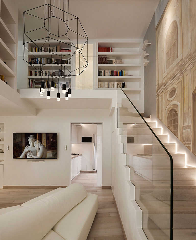 Artistically renovated modern penthouse apartment in rome for Apartment design rome