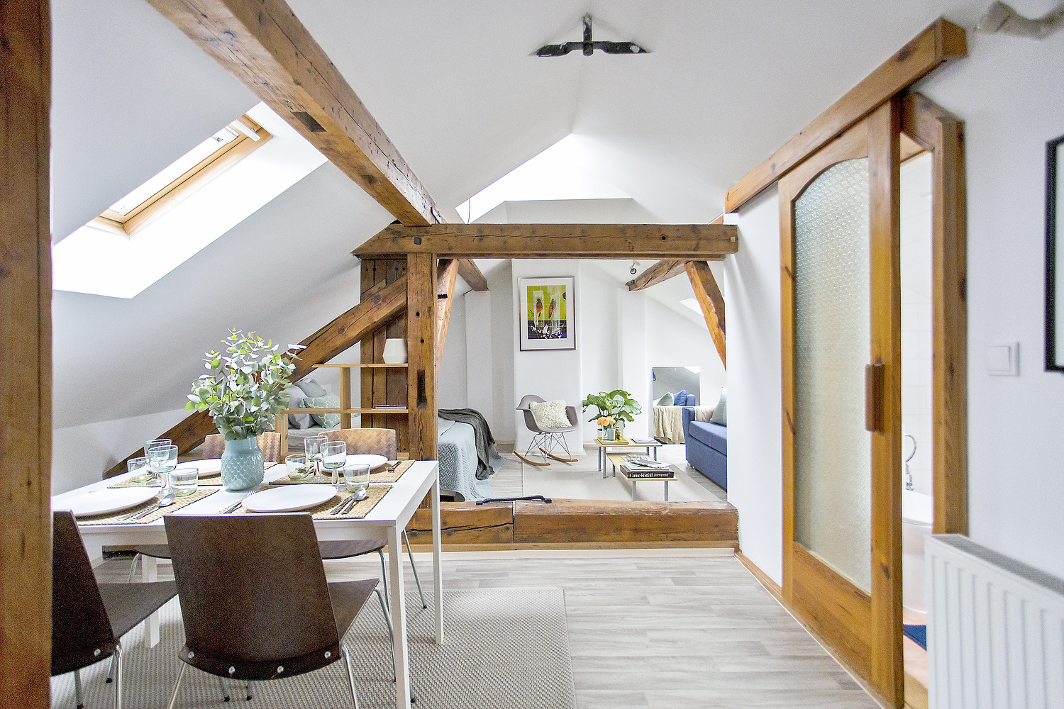 Cozy Attic Bachelor Pad with Original Wood Beams | iDesignArch ...