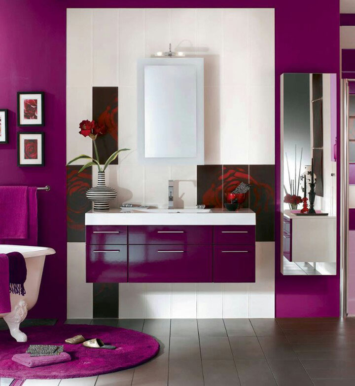 Radiant Orchid Purple Bathroom