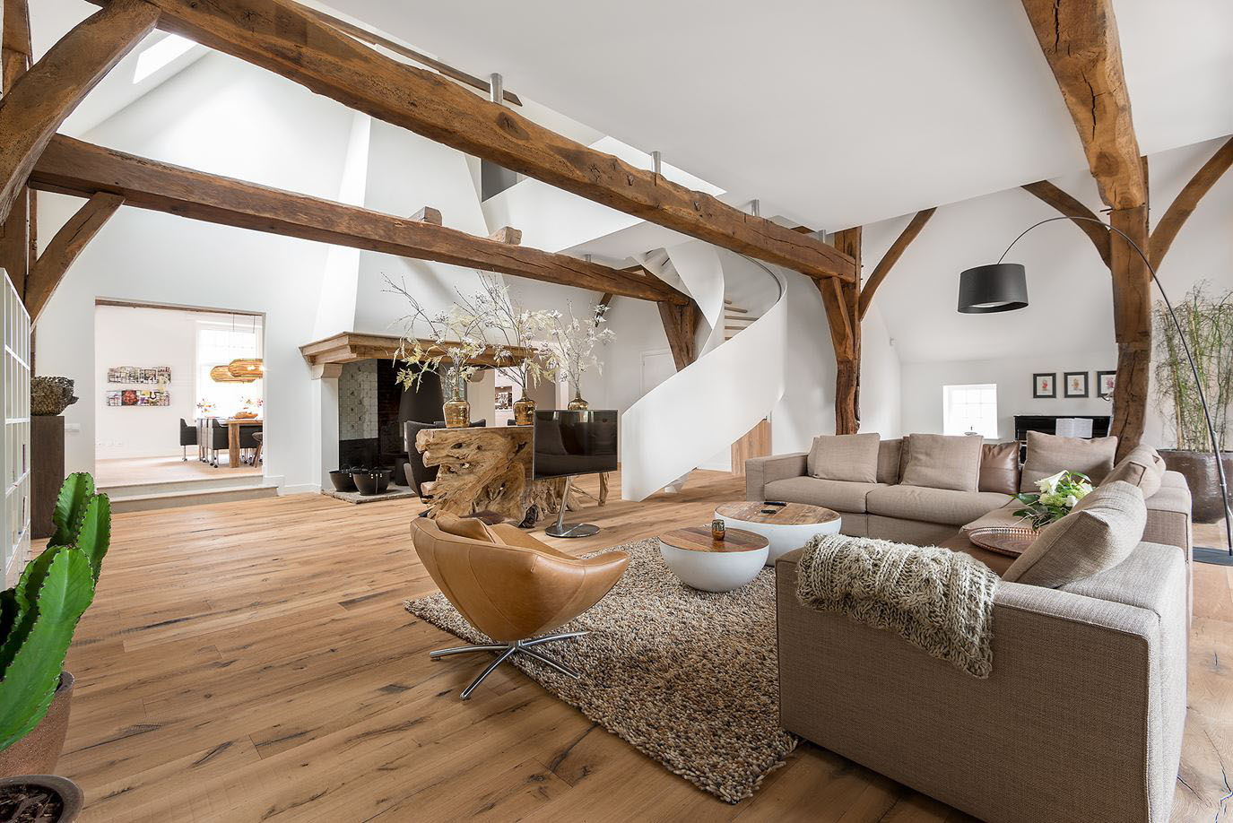 Contemporary Rustic Interior Decor