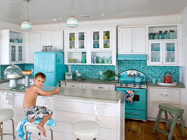 Retro style kitchen designs idesignarch interior for Classic beach house designs