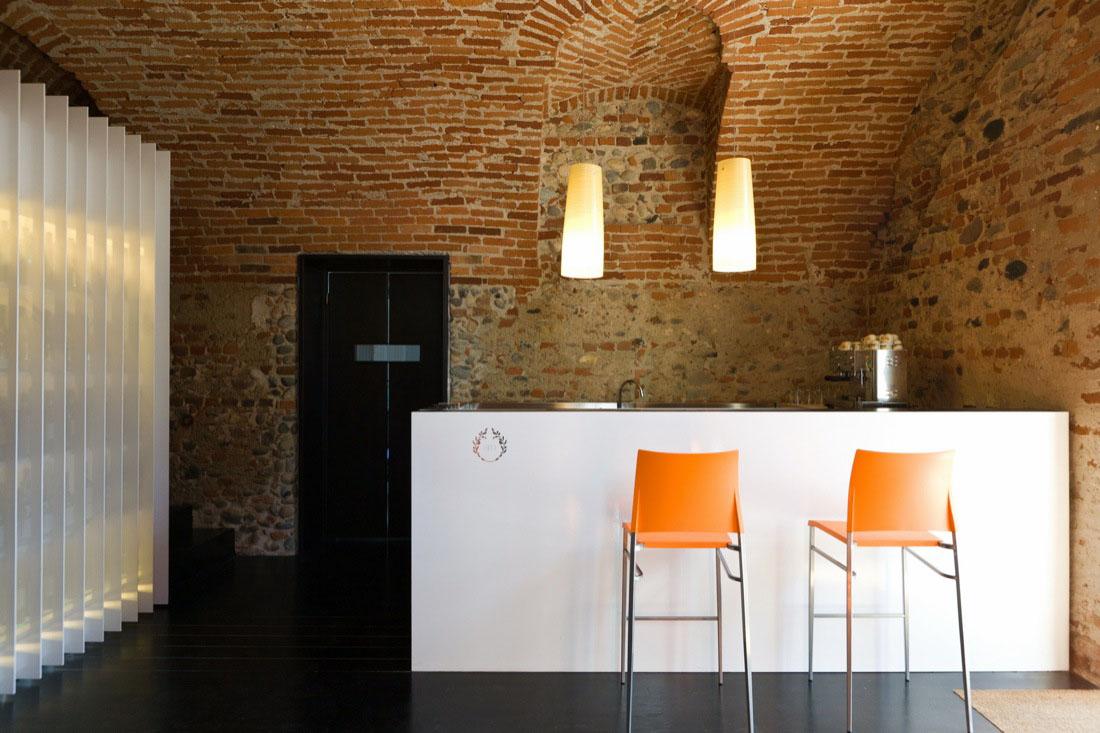 santa marta restaurant in mazzè – contemproray interior design in
