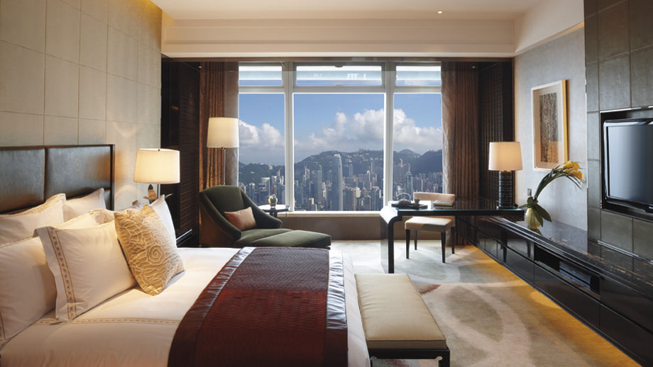 Ritz carlton hong kong world 39 s tallest hotel for Chambre commerce hong kong