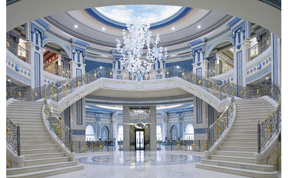 Arabian-Architecture-Grand-Staircase