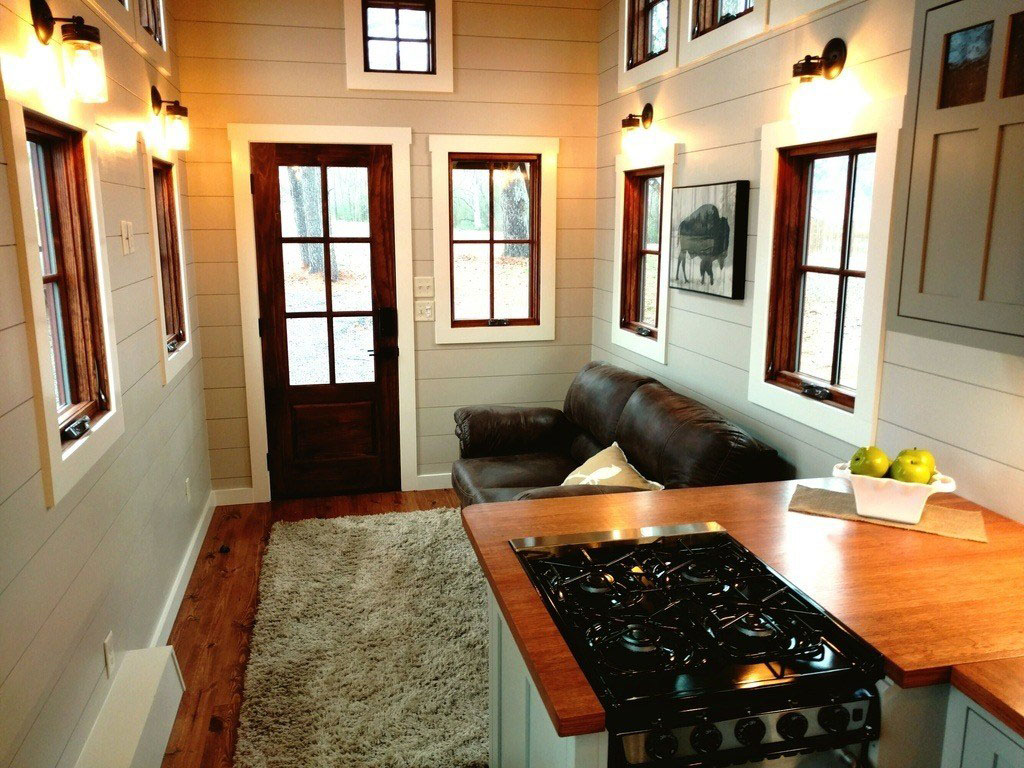 Rustic Farmhouse Style Luxury Large Tiny House On Wheels 3