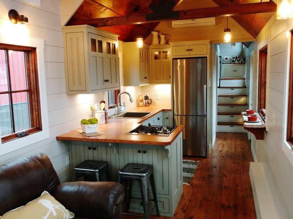 Rustic farmhouse style luxury large tiny house on wheels 4 for Interior designs for tiny houses