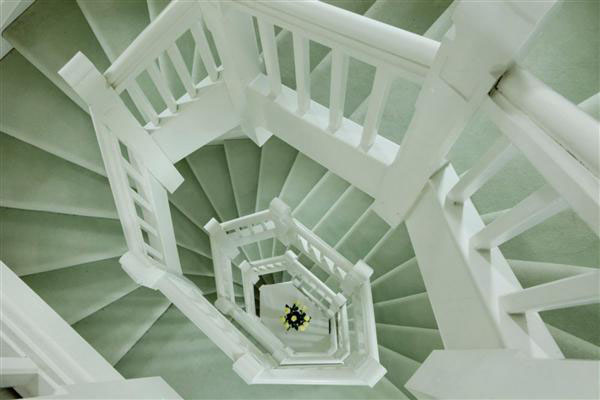 Ruxley-Towers-Staircase