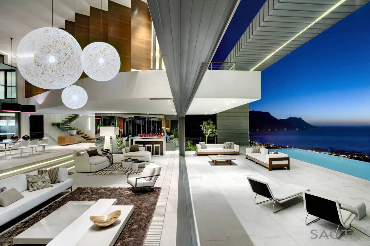 Environmentally friendly luxury house in costa rica · modern private residence with dramatic living room overlooking the ocean