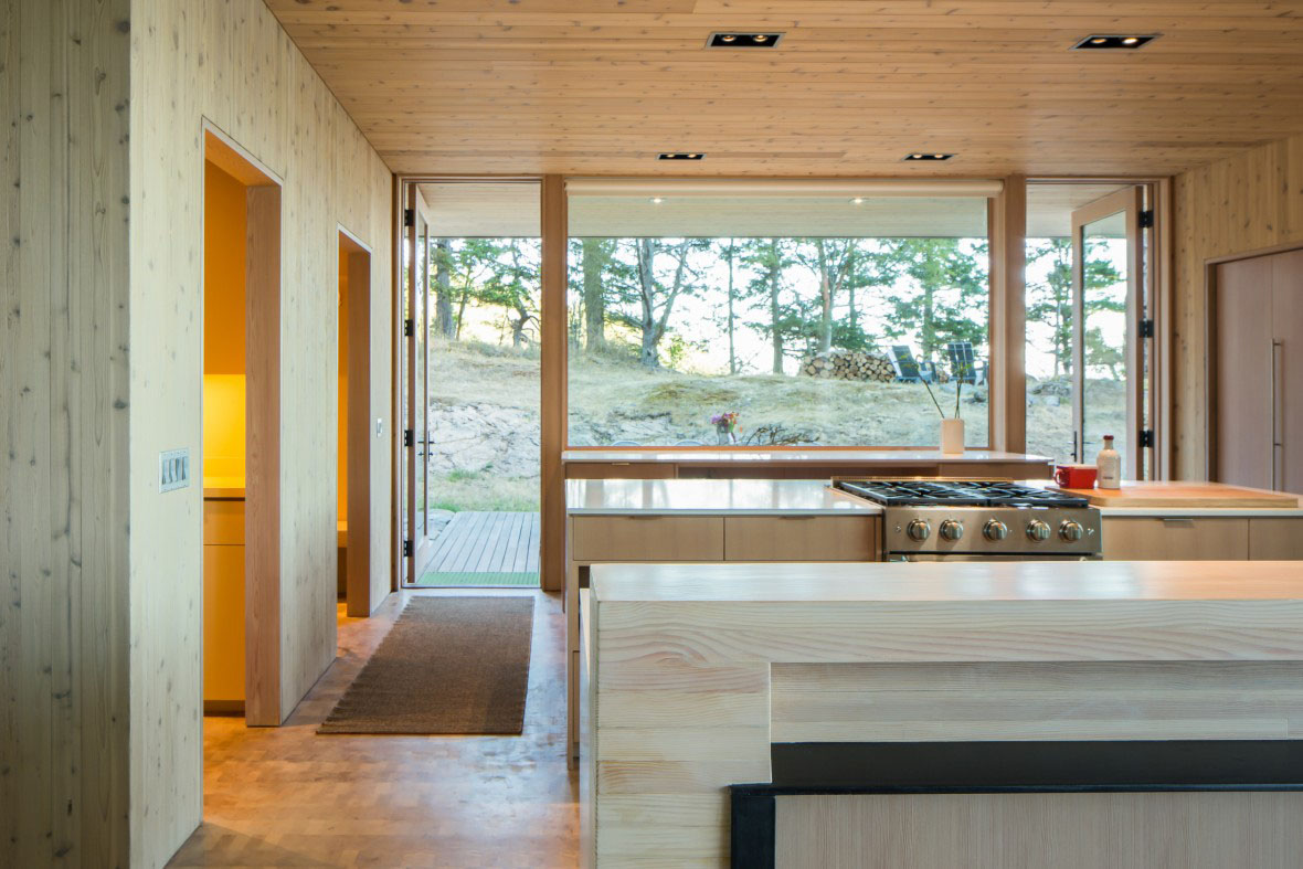 Interior Design Contemporary Pacific Northwest Waterfront House Kitchen