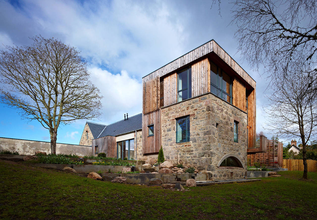Scottish country house incorporates ruins of a former mill for Modern house history