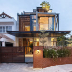 A Semi-Detached House In Singapore Connects To Its Environment